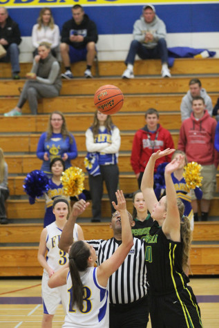 Kirsten Ritchie faces off for the jump ball.