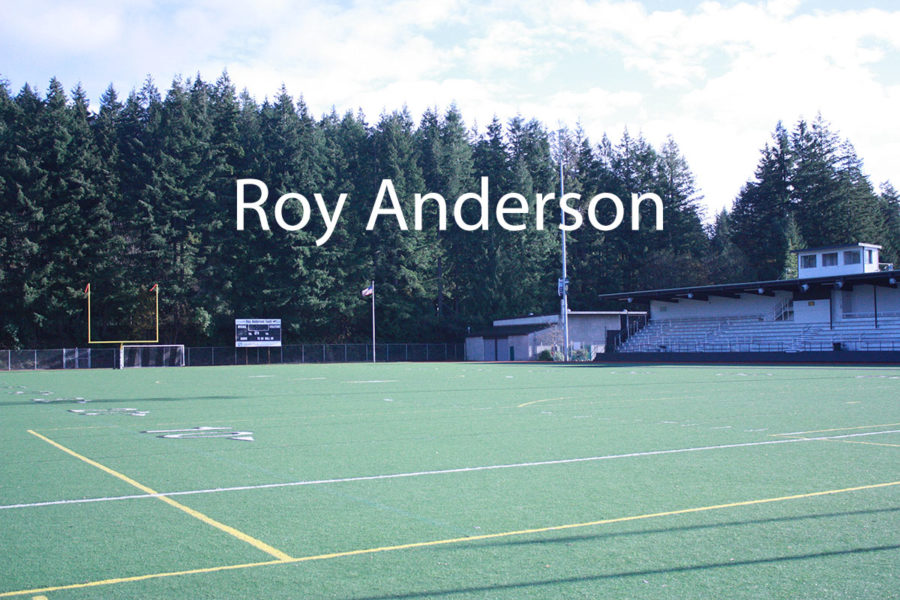 Daniel Fendel investigates problems associated with Peninsula's field, Roy Anderson.