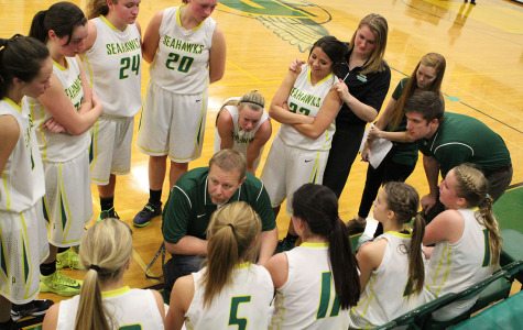 Girls varsity basketball struggles through season