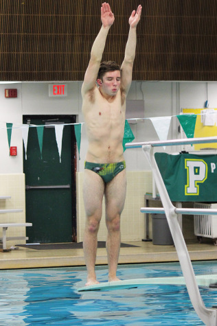 Gideon Olson preparing to dive