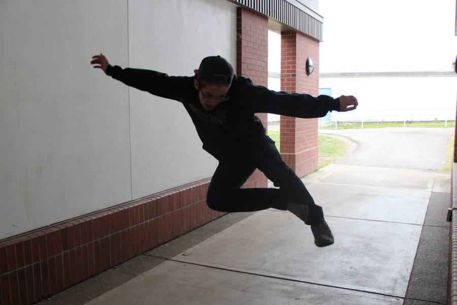 Riley+Wynn+jumping+for+joy.